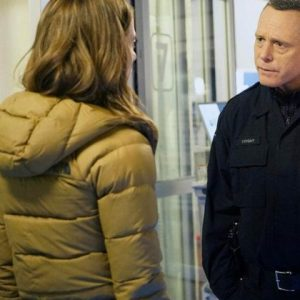Chicago-P.D.-S07-Ep13-Kim-Burgess-Puffer-Hooded-Jacket
