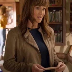 Maggie-Murphy-Sweet-Autumn-Nikki-Deloach-Leather-Jacket-510x600