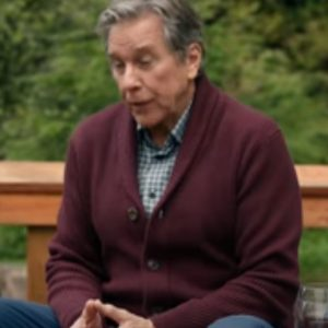 Virgin-River-s03-Doc-Mullins-Sweater